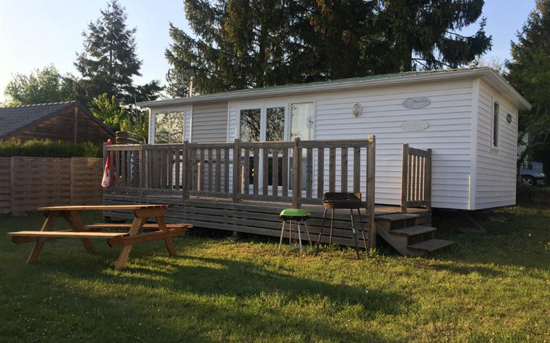 Photo mobil-home - terasse - barbecue - table